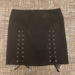 Black skirt with tie front